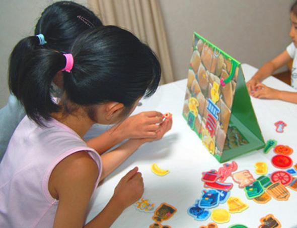 ドイツのボードゲームを使った幼児教育とコミュニケーション