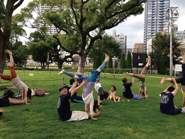 20140629-outdoor_yoga2.png